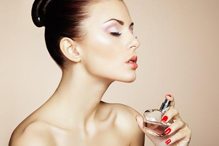 Afla adevarul! 10 cele mai interesante intrebari despre parfumuri