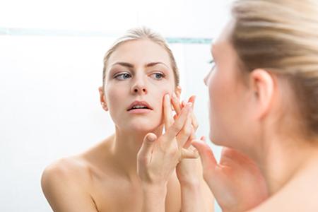Cum scapi definitiv de acnee
