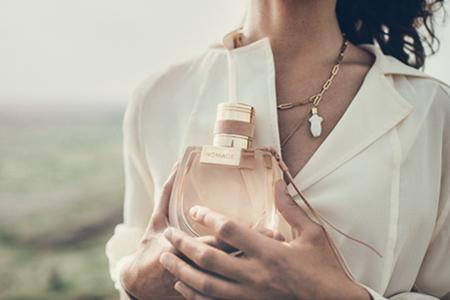 Noul parfum pentru femei Chloé Nomade: aroma aventurilor