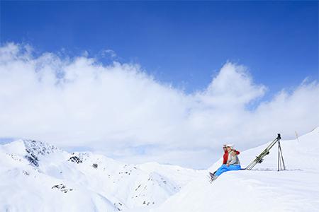 Mituri și adevăruri: Crema de protecție solară la munte