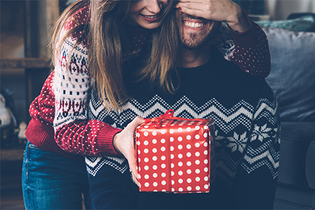 Idei pentru cele mai bune cadouri de Crăciun pentru bărbați