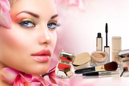 Stiai ca Dolce & Gabbana produce si cosmetice de lux?