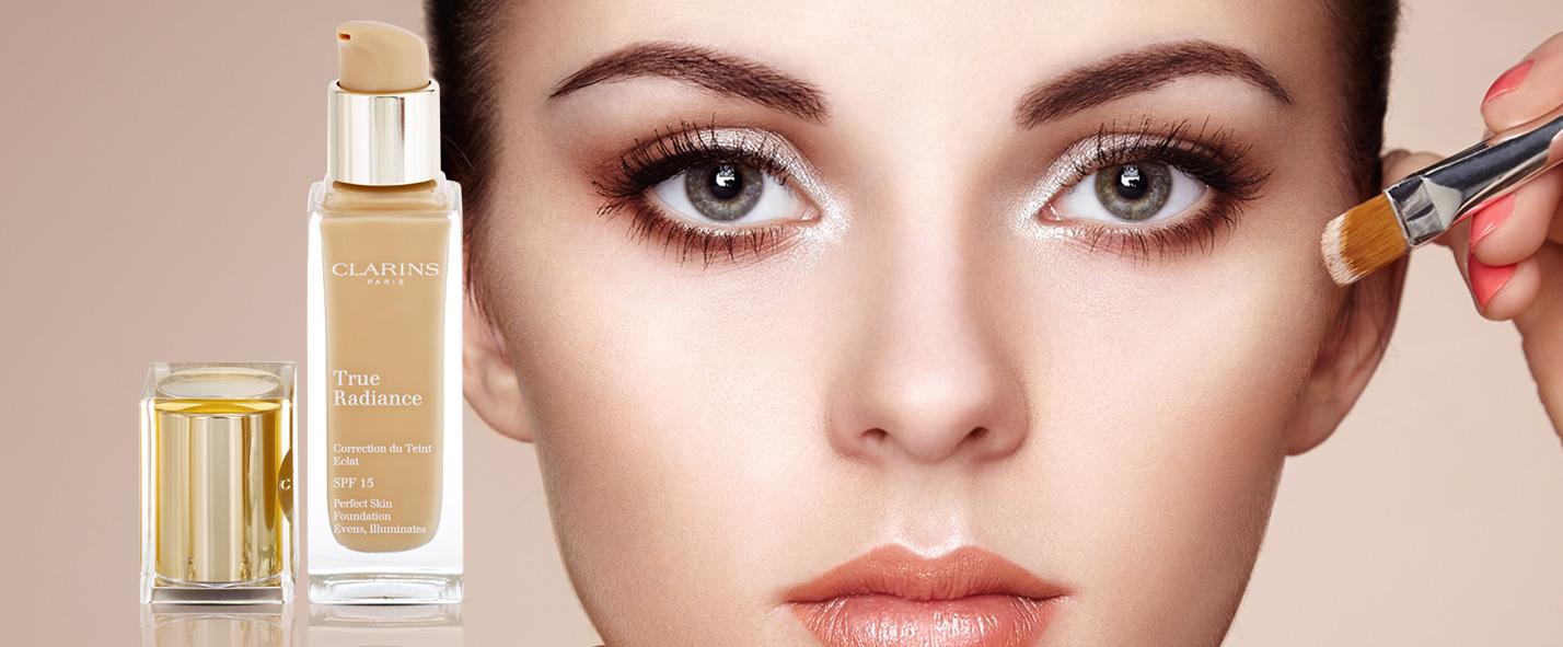 makeup cu efect de stralucire si hidratare pentru un look perfect SPF 15