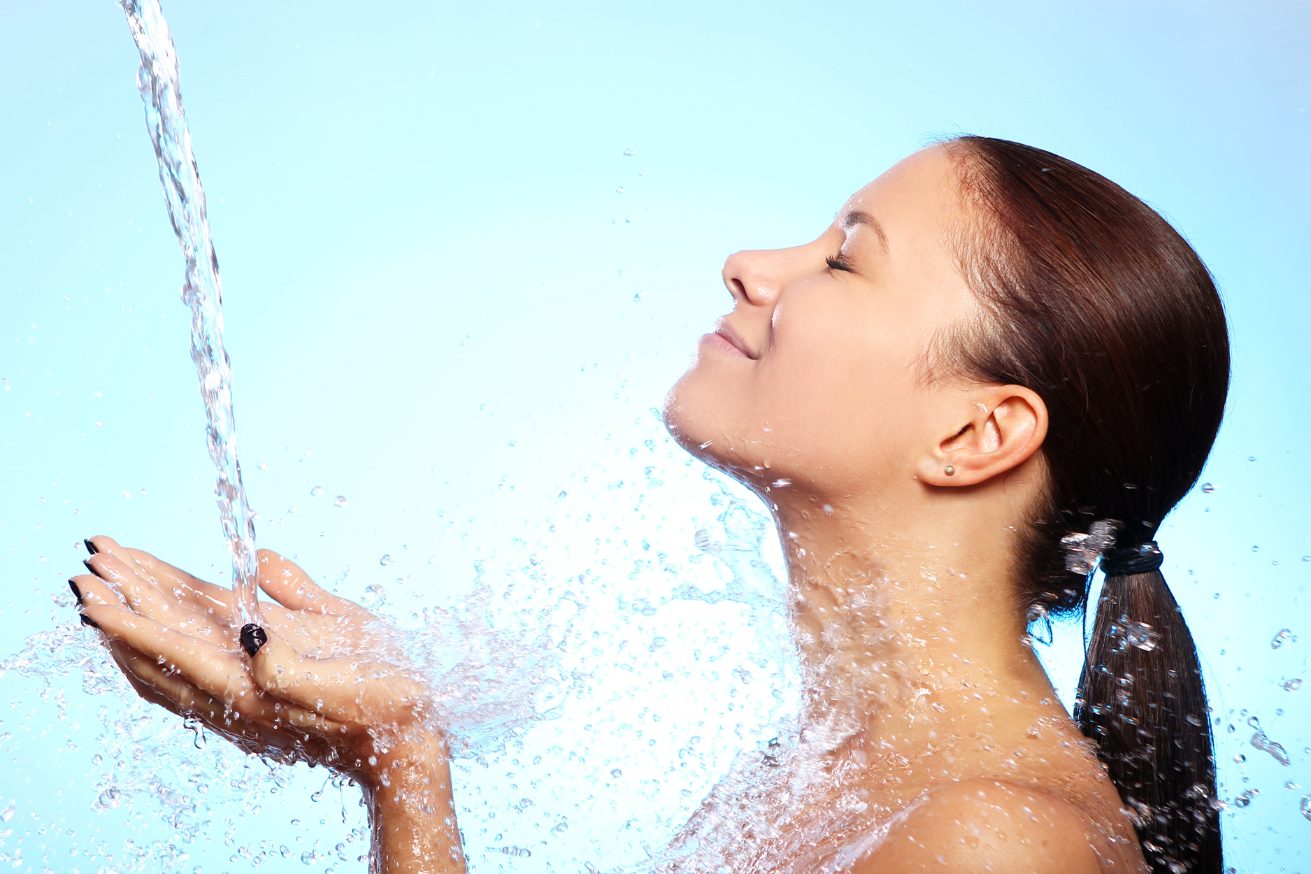 De ce are nevoie cel mai mult pielea ta? De hidratare!
